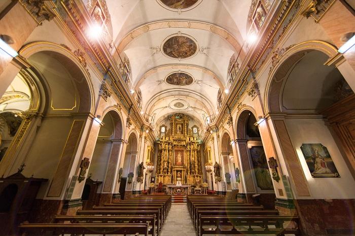 Iluminación nave central y altar, iglesia San Lorenzo, padres Franciscanos.Valencia.