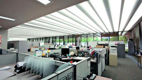 La importancia de la iluminaci n en el trabajo llumiart for Oficina de empleo valencia