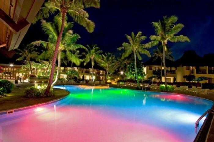 iluminación led piscina colores